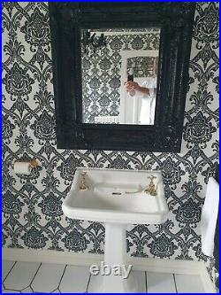 1920s Cast Iron Roll Top Bathrom Suite